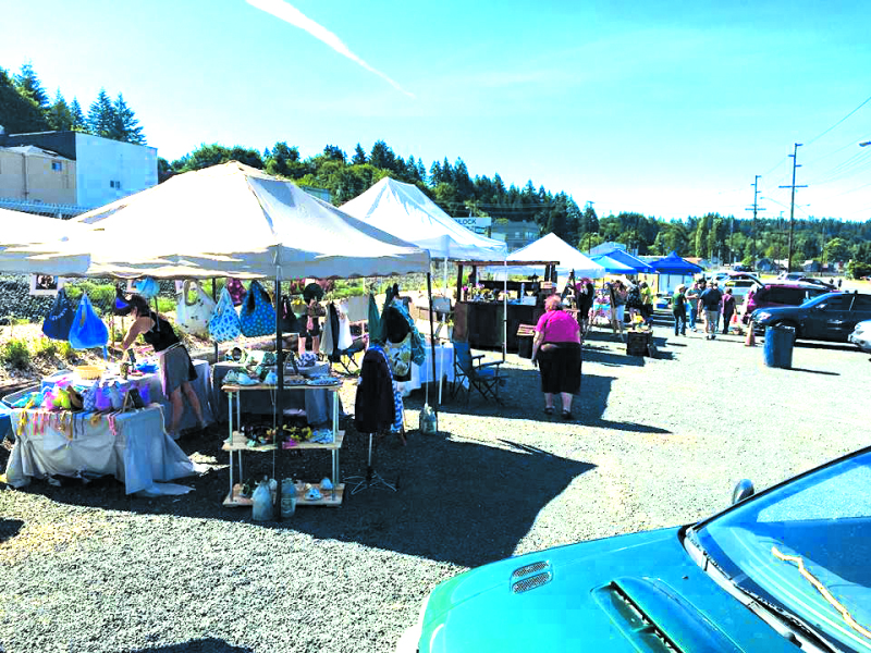 Photo courtesy of WIN - Opening day of Winlock's Saturday Market brought people out into the sunny weather.