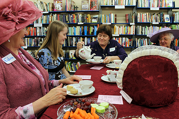 Toledo honors Mother's Day with formal tea