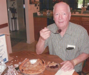 Blackberry pie travels from Raymond to Kentucky – by mail!