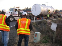 Oversized load stalls on Winlock road
