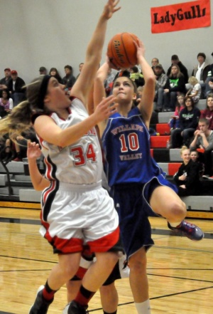Valley takes down Lady Gulls, detours Navigators