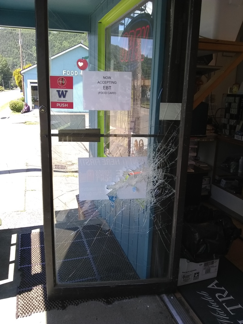 Robberies rattle Raymond early Monday morning