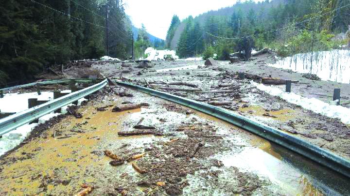 Landslide closes Highway 7