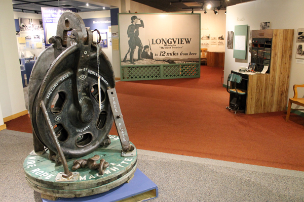 Castle Rock donates artifacts to County Museum