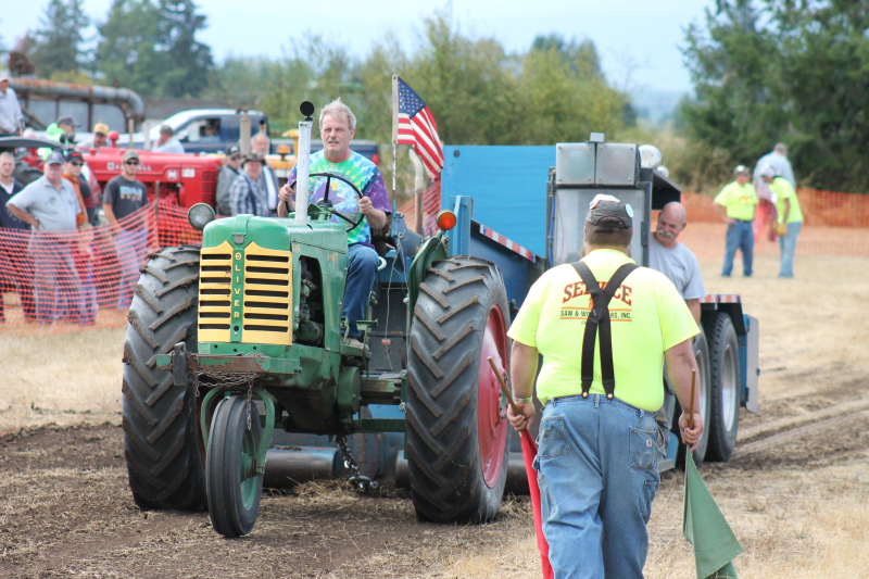Another great Threshing Bee in Toledo