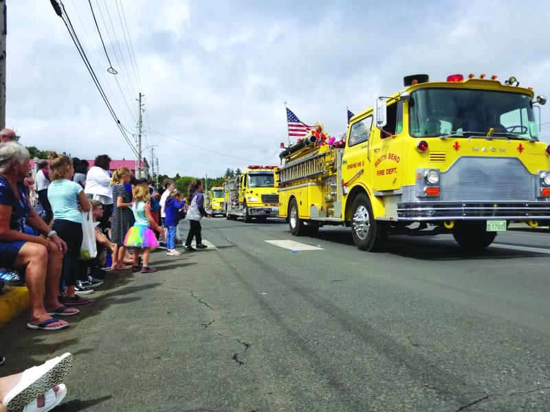 Thousands show up for Labor Day Parade