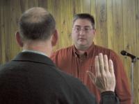 Lonnie J. Dowell sworn in as Winlock Mayor