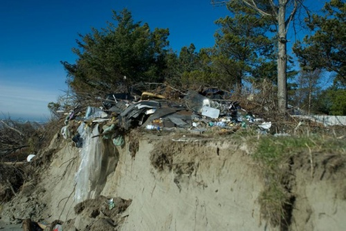 Officials assess solid waste pollution