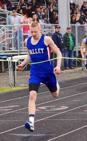 Valley track teams continue to improve