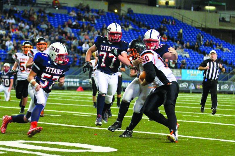 Napavine Tigers thwart Titans 29-13 in State semifinal tilt