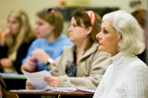 Financial Aid for Older Adults Going Back to School