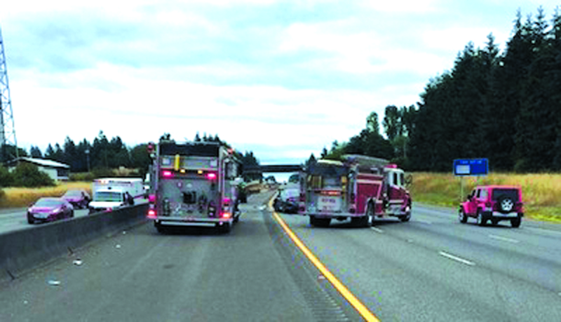 Two deceased in 3 car wreck on I-5