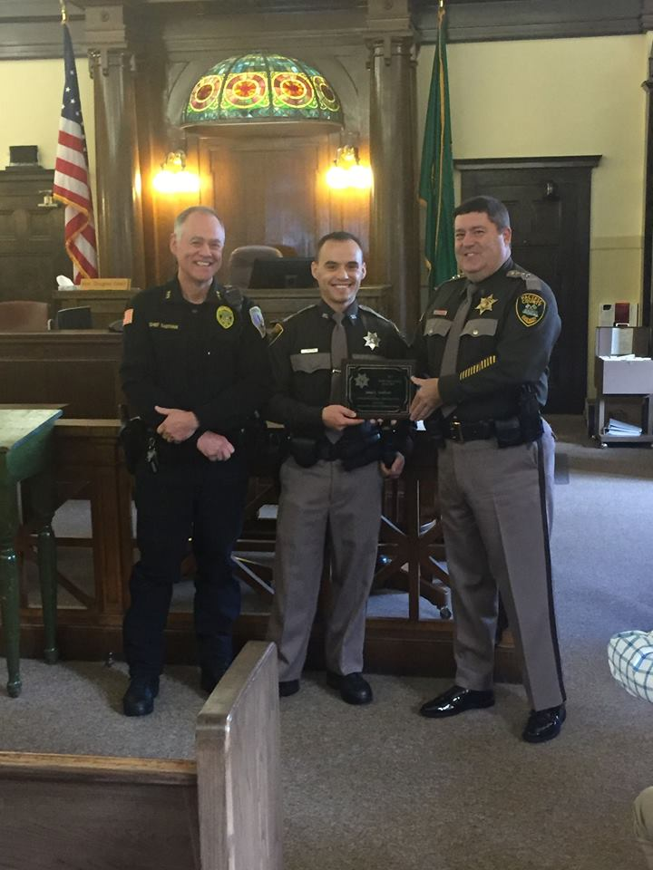 Sheriff's Office employees receive awards