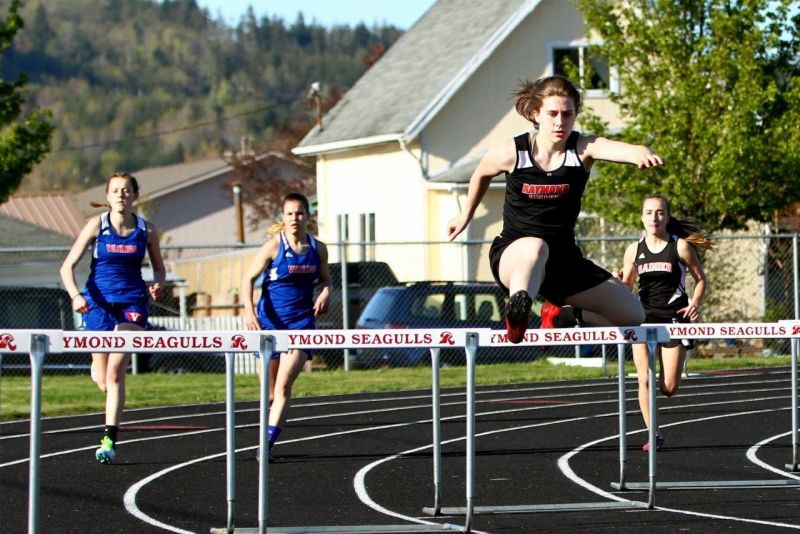 Willapa Valley tops rivals in tri-meet;  RHS's Freeman wins four times