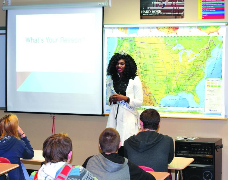 Miss Washington visits local school