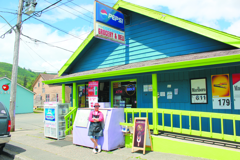 Riverdale Grocery new and improved under new ownership