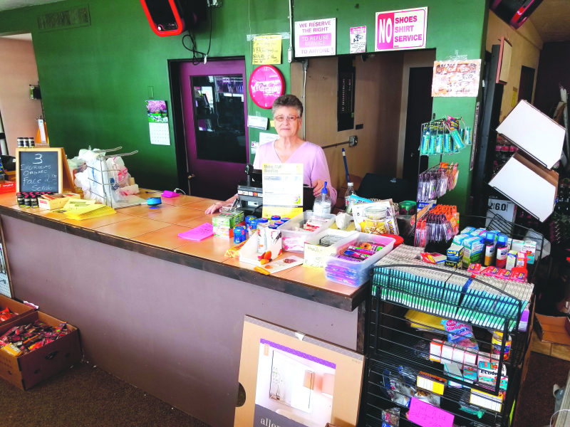 New liquidation store located in downtown Raymond